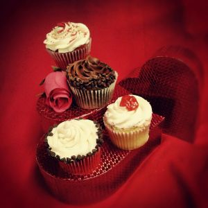 Valentines Cupcakes from Heavenly Sweets
